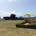 Le grand jardin fleuris de la Villa Groix
